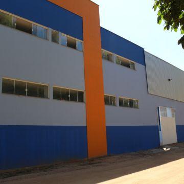 panorama do prédio da educação infantil e ensino médio
